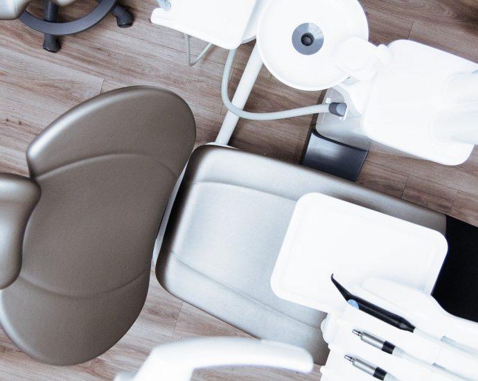 Profesjonalne wyposażenie w gabinetach dentystycznych