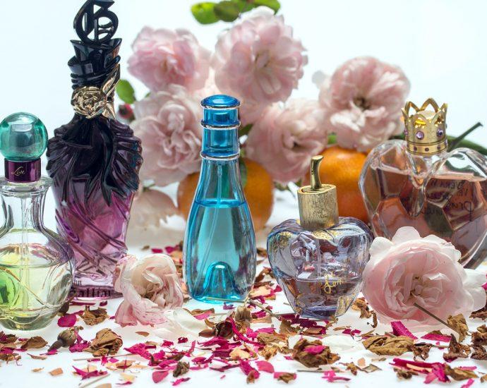 Perfumy online: kupujemy perfumy w Internecie